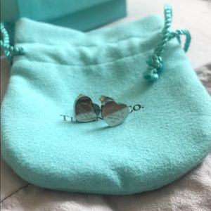 Mini heart charm earrings